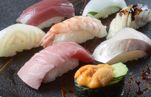 不動の定番人気メニュー上にぎり寿司(椀もの付)